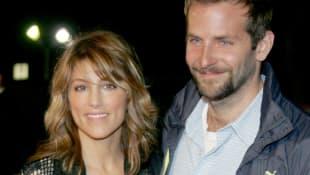 Jennifer Esposito und Bradley Cooper