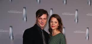 Jessica Schwarz und Markus Selikovsky auf dem roten Teppich