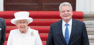 Königin Elisabeth II. und Joachim Gauck