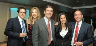 Sarah Chalke mit ihrem Mann Jamie Afifi (ganz links)