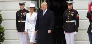 Melania und Donald Trump: Über diesen Auftritt macht sich das Internet lustig, Donald Trump, Melania Trump