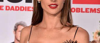 Alessandra Ambrosio sexy Dekolletee Ausschnitt