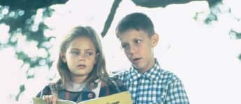 "Hanna R. Hall and Michael Conner Humphreys in ""Forrest Gump"""