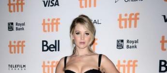 """""""Hunger Games""""-Star Jennifer Lawrence bei der Premiere von """"mother!"""" in Toronto"""