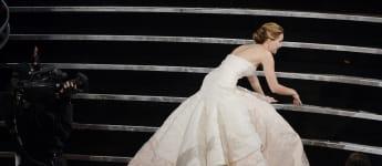 Jennifer Lawrence Oscar ausgerutscht