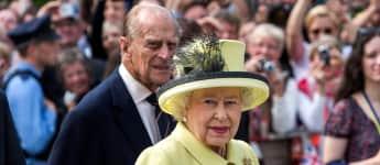 Königin Elisabeth II und Prinz Philip verabschiedeten sich am Brandenburger Tor