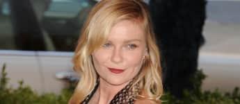 Kirsten Dunst im Sideboob-Look