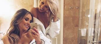 """Ex-""""Bachelor""""-Kandidatinnen Liz Kaeber und Sarah Nowak zeigen ihr sexy Dekolleté"""