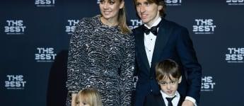 Luka Modrić mit Frau Vanja und Kindern
