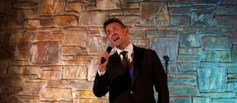 Schauspieler Mark Keller ist auch ein begabter Sänger