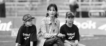 Nena mit ihren Kindern Larissa und Sakias