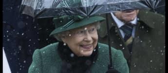 Queen Elizabeth II. besucht einen Gottesdienst in Castle Rising, Königin von England