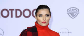 "Sophia Thomalla, sexy Outfit, Lady in Red, Filmpremiere, ""Hot Dog"""