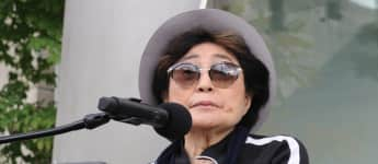 John Lennons Exfrau Yoko Ono 2016 in Chicago