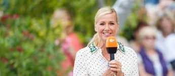 """Andrea Kiewel beim """"ZDF Fernsehgarten"""" am 24. Juni 2018"""