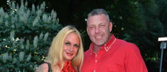 Andreas Robens schockiert mit blutunterlaufenden Augen