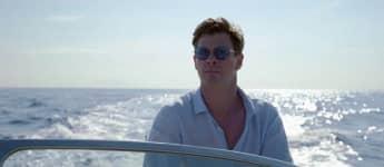 """Chris Hemsworth in """"Men in Black"""""""