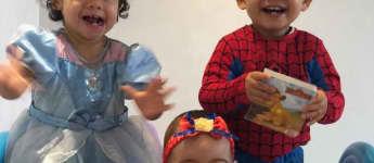 Cristiano Ronaldos Zwillinge Eva und Mateo und die jüngste Tochter Alana an Halloween