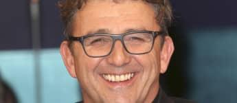 "In ""Der Bergdoktor"" spielt Hans Sigl ""Dr. Martin Gruber"""