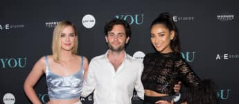 "Elizabeth Lail, Penn Badgley und Shay Mitchell bei der ""You"" Serien Premiere in New York City 2018"