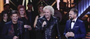 Hartmut Engler, Thomas Gottschalk und Steven Gaetjen zusammen auf der Bühne