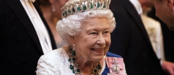 Königin Elisabeth II.: Auf Harry und Meghan muss sie in diesem Jahr verzichten