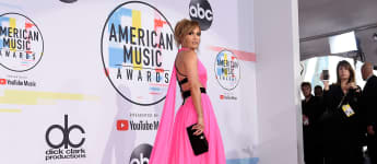 Jennifer Lopez American Music Awards