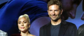Bradley Cooper singt Lady Gaga A Star is Born