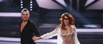 """Oana Nechiti 2016 in der neunten Staffel von """"Let's Dance"""" mit Schauspieler Eric Stehfest"""