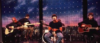 Oasis bei einem Auftritt 1994