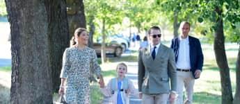 Prinzessin Victoria, Prinz Daniel und Prinzessin Estelle von Schweden Einschulung