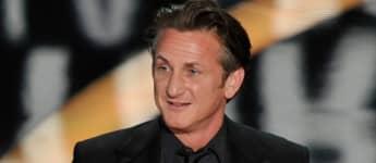 """Sean Penn bekam 2009 den Academy Award für seine Rolle in """"Milk"""". Insgesamt sein zweiter Oscar."""