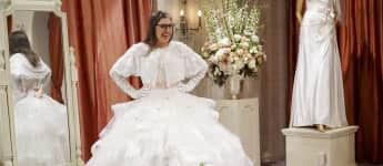 """The Big Bang Theory"": ""Amy"" strahlt in ihrem Brautkleid"