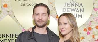 Tobey Maguire und Jennifer Meyer bei der Veröffentlichungsfeier der Schmuck-Kollektion von Jennifer