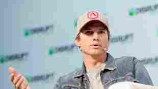 Im Jahr 2001 wurde Ashton Kutchers Ex-Freundin mit nur 22 Jahren ermordet