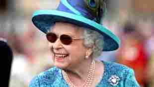 Queen ausgelassen gartenparty