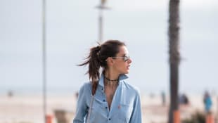 Alessandra Ambrosio im Denim-Look unterwegs in Los Angeles