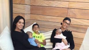 Cristiano Ronaldo mit Familie