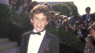 Fred Savage bei den Emmy Awards im Jahr 1990