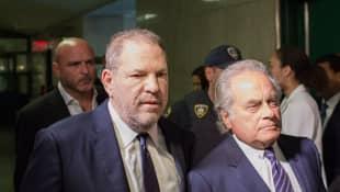 Harvey Weinstein und sein Anwalt Benjamin Brafman