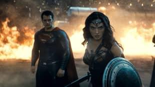 "Henry Cavill, Gal Gadot und Ben Affleck in ""Batman v Superman: Dawn of Justice"" 2016"