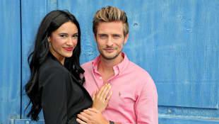GZSZ-Star Jörn Schlönvoigt und seine Frau Hanna Weig erwarten ein Kind