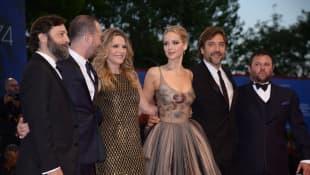 Jennifer Lawrence Darren Aronofsky Michelle Pfeiffer Javier Bardem