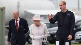 Königin Elisabeth II., Prinz William und Prinz Philip