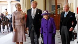 Königin Máxima, König Willem-Alexander, Königin Elizabeth II. und Prinz Charles