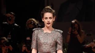 Kristen Stewart im schicken Spitzenkleid bei den Filmfestspielen in Venedig