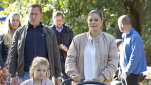 Kronprinzessin Victoria von Schweden mit Estelle und Oscar