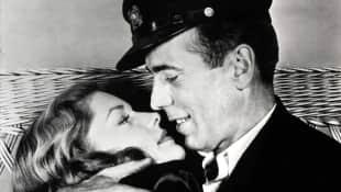 """Lauren Bacall und Humphrey Bogart verliebten sich 1944 bei ihrem gemeinsamen Dreh zu """"Haben und Nichthaben"""""""