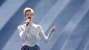 "Levina mit ""Perfect Life"" am ESC-Finalabend 2017 in Kiew"