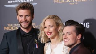 """Liam Hemsworth, Jennifer Lawrence und Josh Hutcherson bei der """"Mockingjay 2""""-Premiere in Los Angeles"""